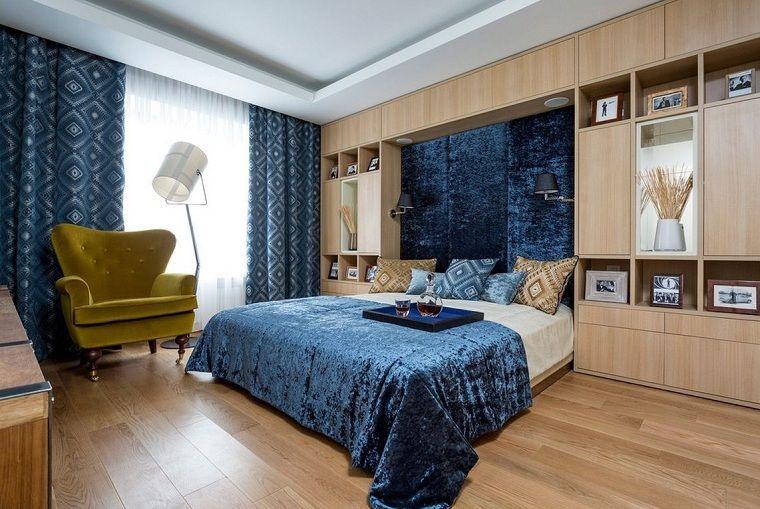 colores-basicos-azul-decorando-dormitorio