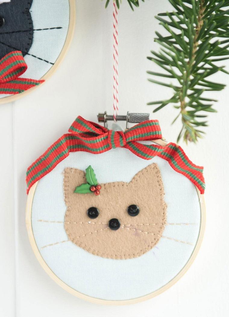 como-hacer-adonros-de-navidad-gato-beige