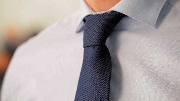 cómo hacer un nudo de corbata opciones-nudo-four-in-hand
