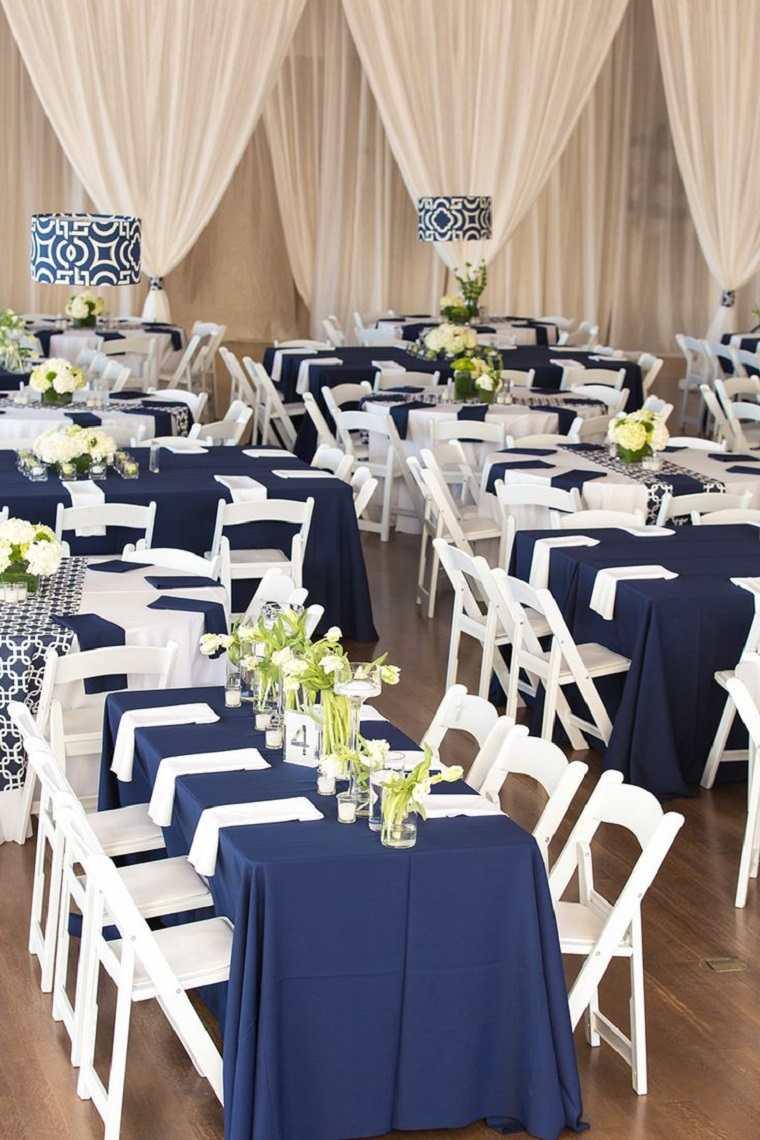 decoracion-bodas-vintage-modernas-azul-oscuro-blanco