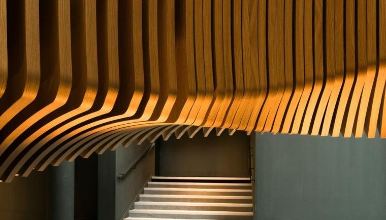 escaleras de madera laminas