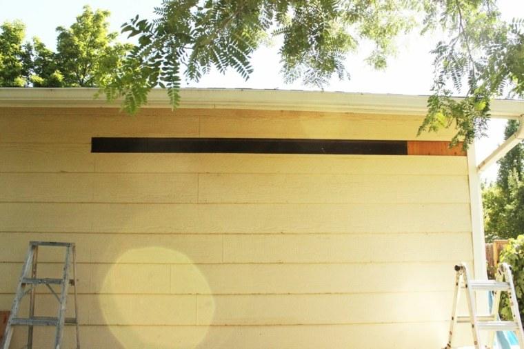 espacio madera extraida pared