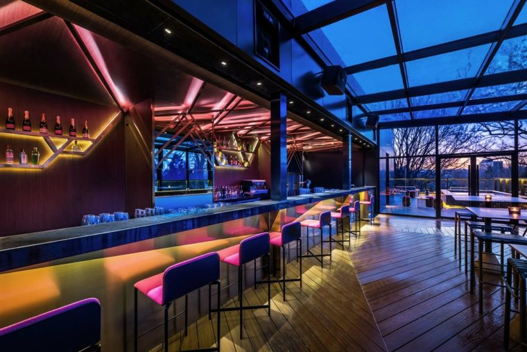 flagship-vue-bar-de-noche