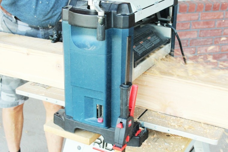 cómo instalar los postes para una pérgola