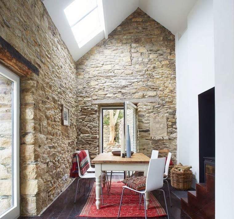 Casas de piedra pros y contras de las casas con fachadas de piedra - Piedra para interior ...