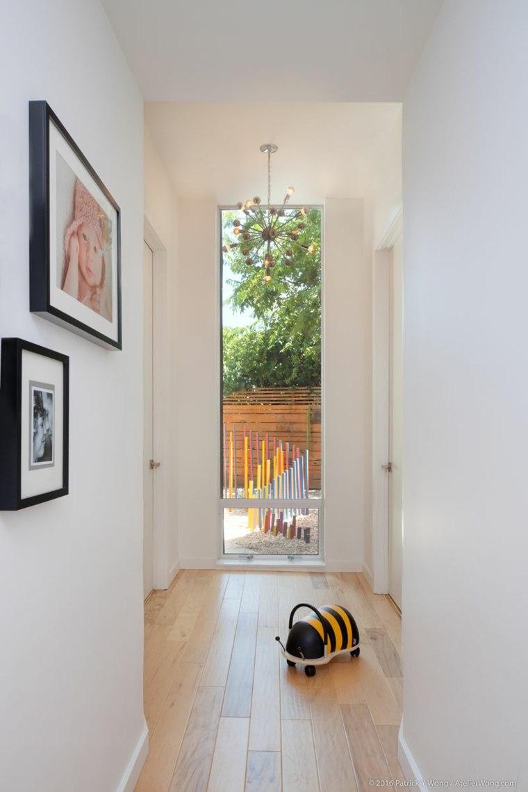 pasillos suelo madera clara
