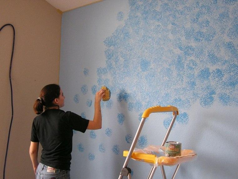pinturas modernas-opciones-esponjado-pared-azul
