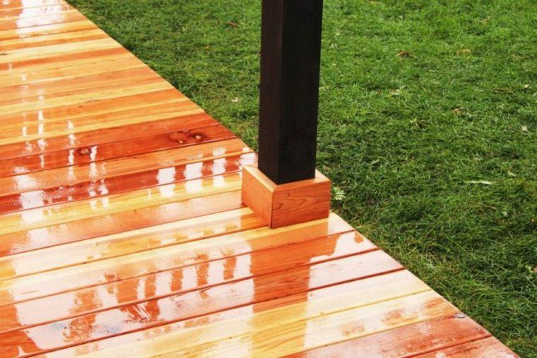 Instalar una plataforma de madera para el piso en sencillos pasos -