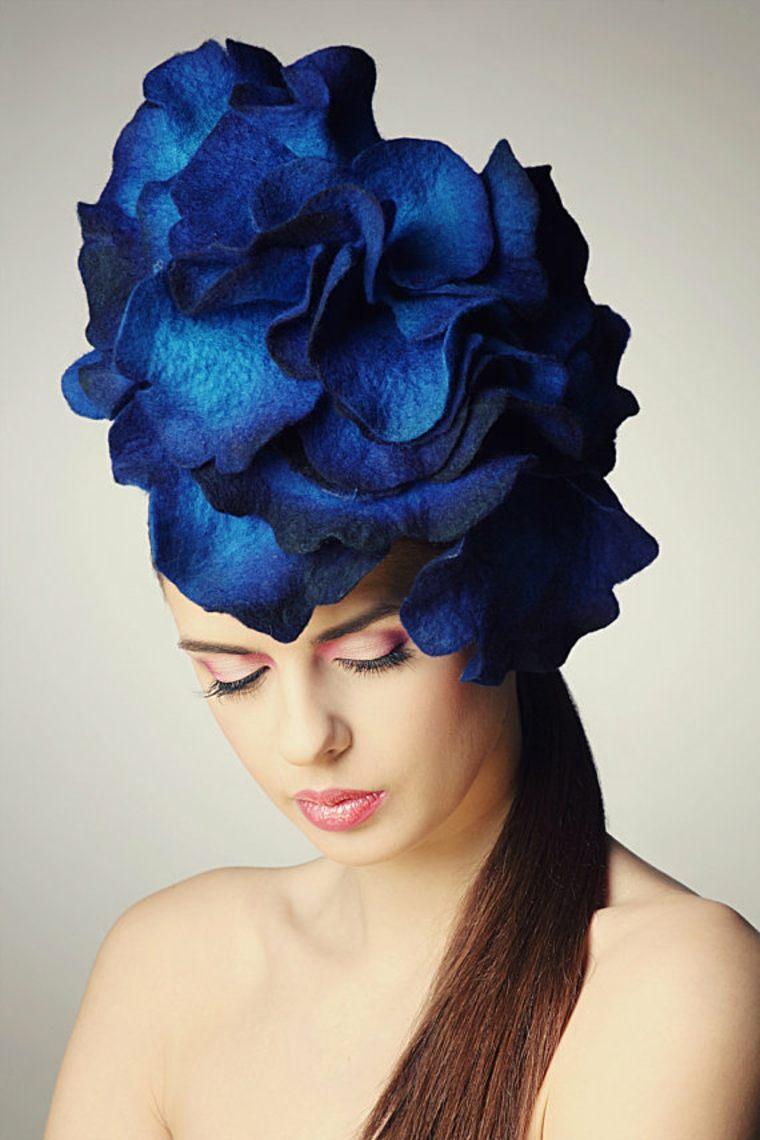 tocado azul
