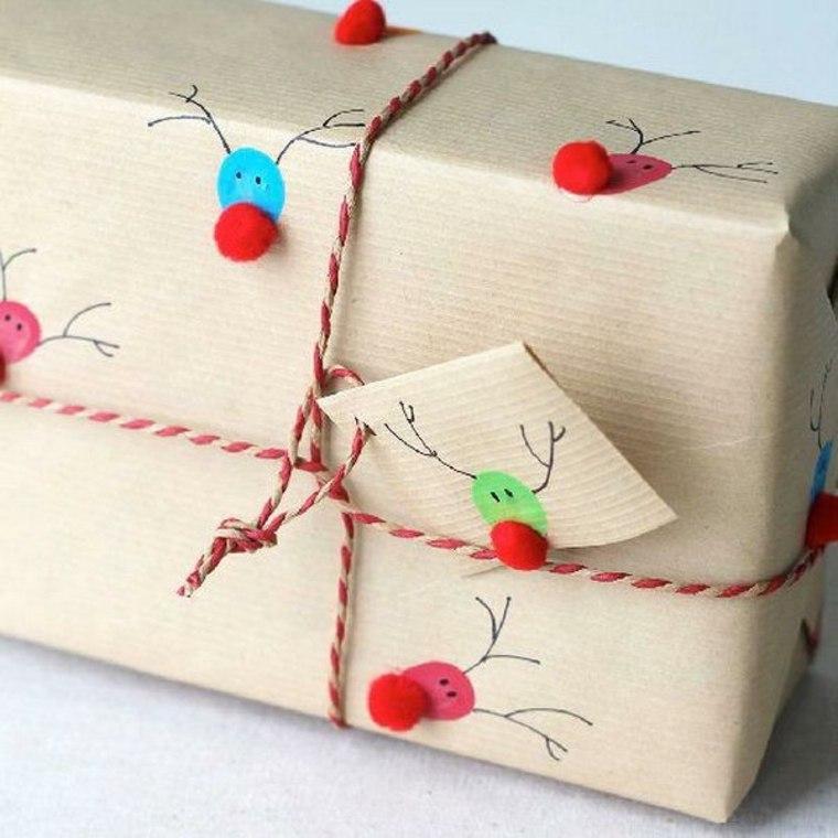 Envolver regalos de forma original-renos