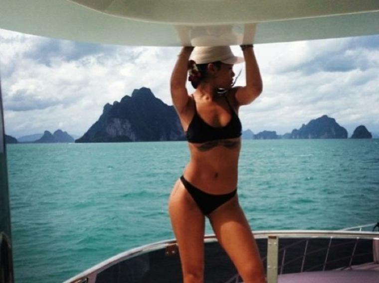 Rihanna en-traje-de-bano