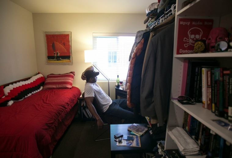 apartamento-caro-y-pequeno