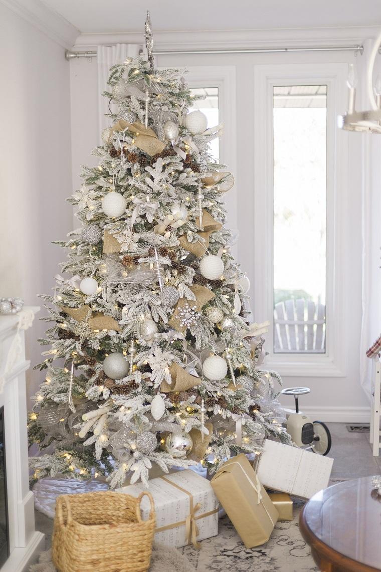 árboles de navidad decorados-blanco-plata