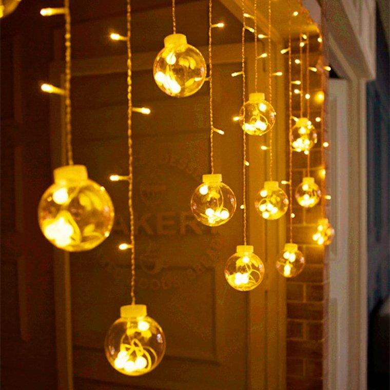 bolas-de-luz-doradas