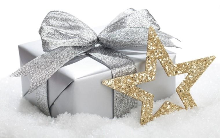 caja-de-regalos-color-plata