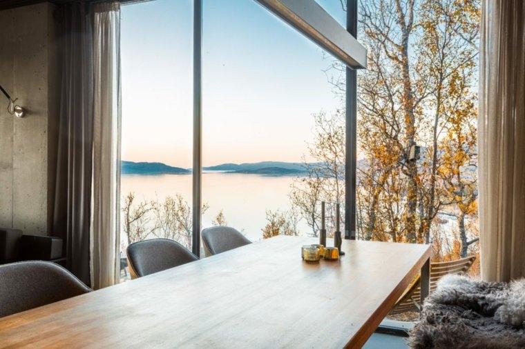 casas en noruega-comedor-mesa-madera