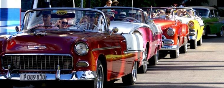 coches-vintage-en-Cuba