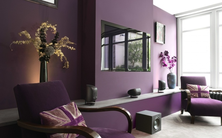 color-pantone-ano-2018-ultra-violeta-pared-muebles