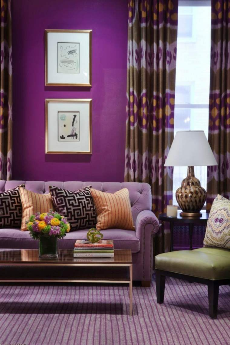 color-pantone-ano-2018-ultra-violeta-sofa-pared