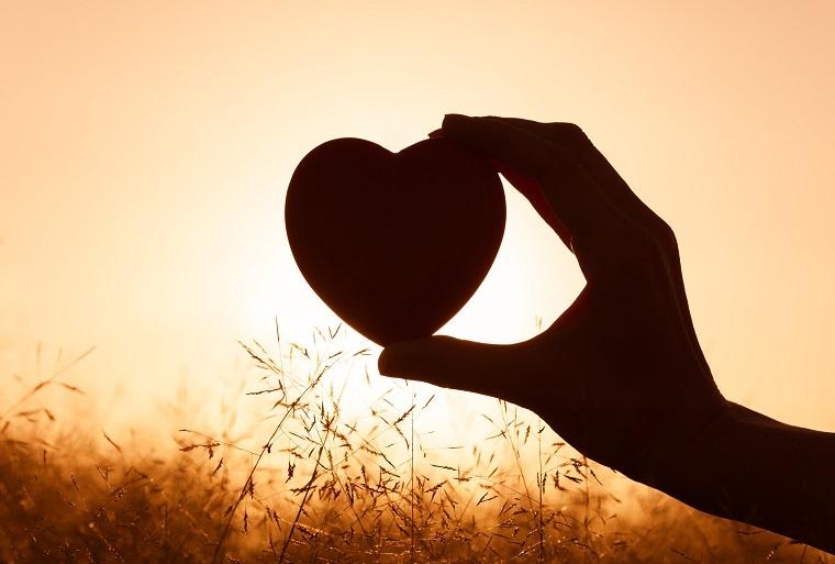 cómo saber si estas enamorada-corazon