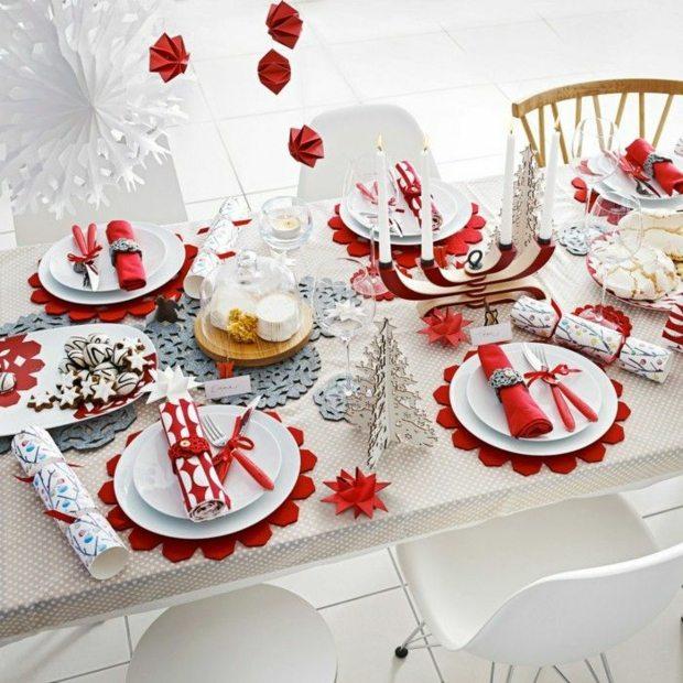 contrastes platos mesa manteles rojo