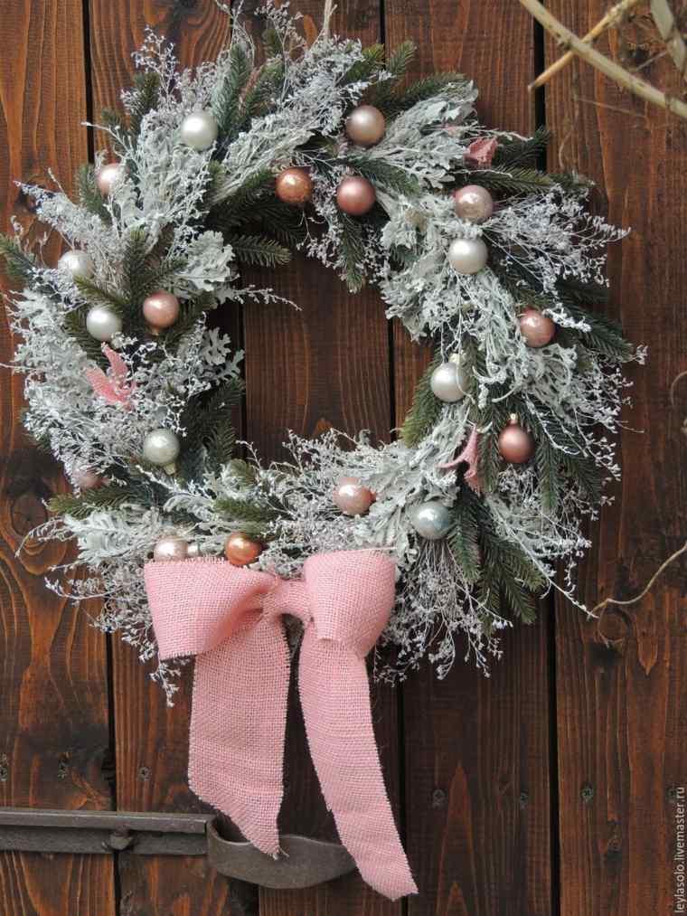 coronas-de-navidad-adornos-bolas-pequenas