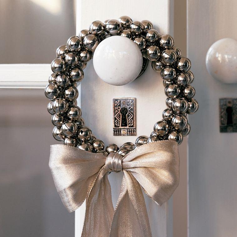 coronas-de-navidad-bolas-color-plata