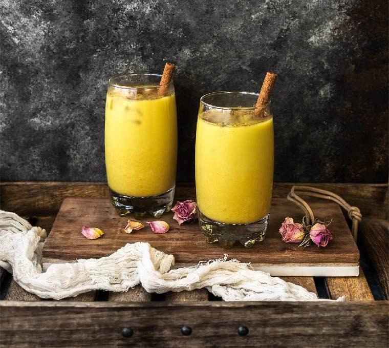 curcuma-leche-combinar-bebida-sana