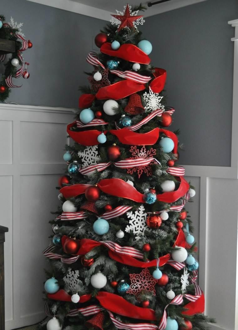 decoracion-arbol-navidad-adornos-rojo-lazos