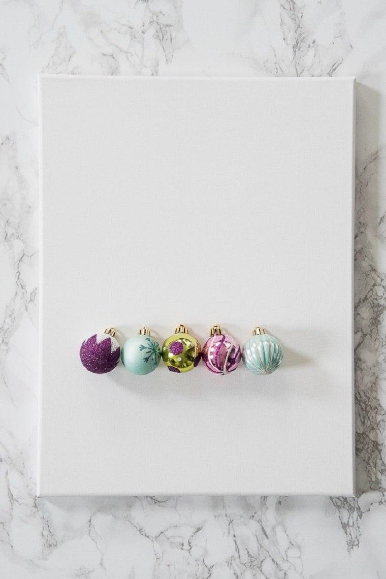 decorar-casa-navidad-ideas-originales-bolas-arbol