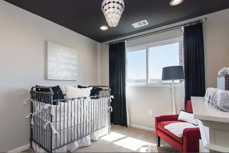 decorar-habitacion-bebe-cortinas-color-oscuro