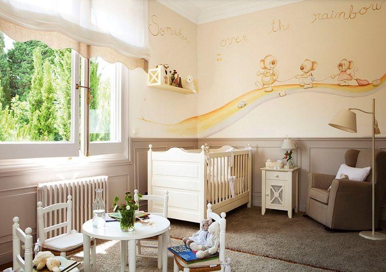 decorar habitación bebe-cuna-blanca-sillon-comedor-juegos