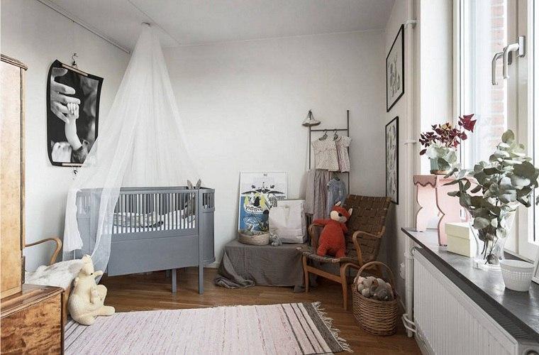 decorar habitación bebe-cuna-dosel-color-gris