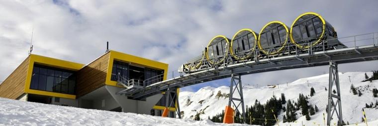 funicular estacion-amarilla