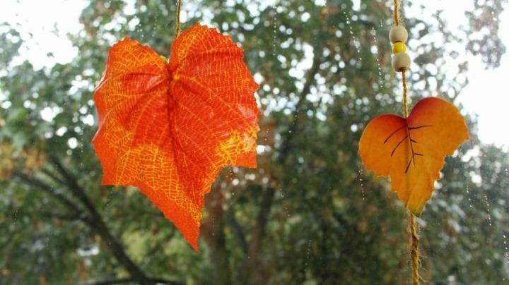 hojas especiales colgadas decorativas