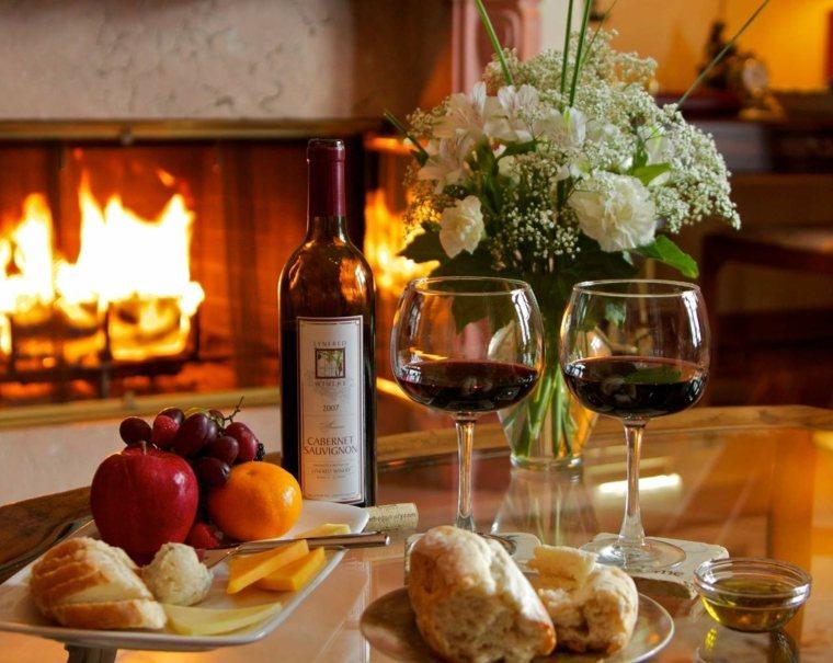 Ideas para una cena rom ntica y consejos sobre c mo - Decoracion cena romantica ...