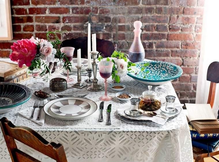 ideas-para-una-cena-romantica-opciones-decorar-mesa