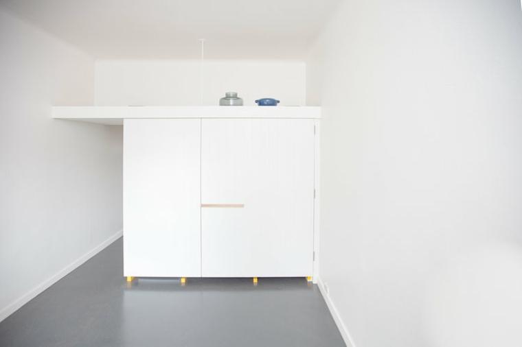 mini cocina cerrada