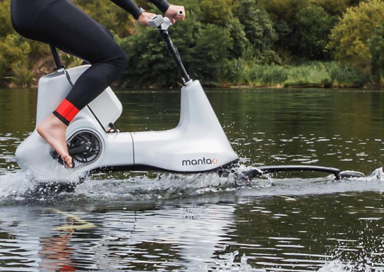 movimiento-pedaleo-agua-lago