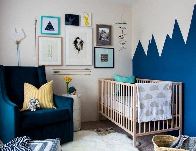 pared-blanco-azul-opciones-cuna-madera