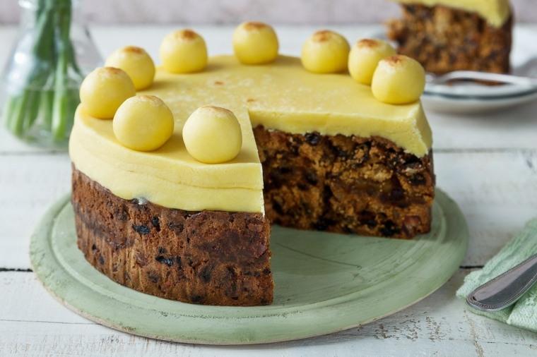 estupenda tarta Simnel para Semana Santa