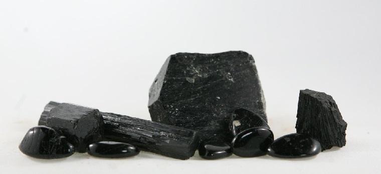 piedras-preciosas-ideas-tipos-turmalina-negra
