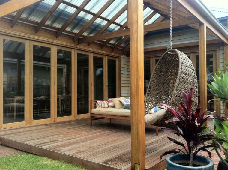 C mo instalar las viguetas para una cubierta en el jard n for Vigas de madera para jardin