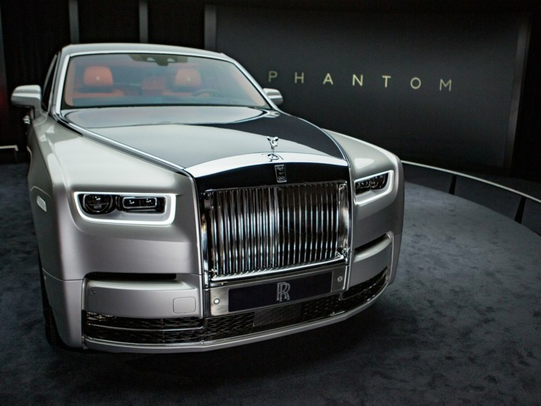 rolls-royce-phantom-gris-metalico