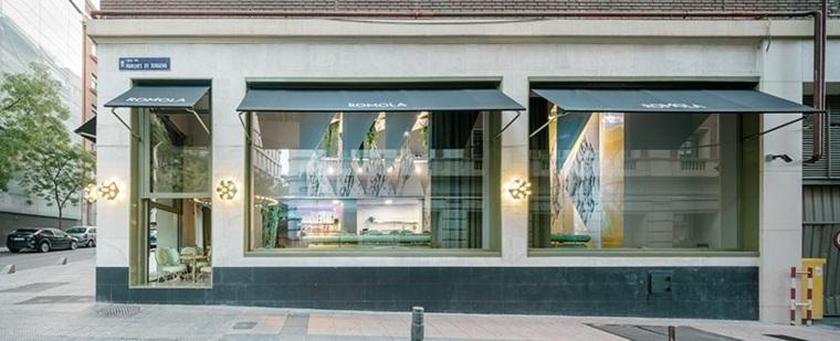 romola-cafeteria-moderna-exteriores