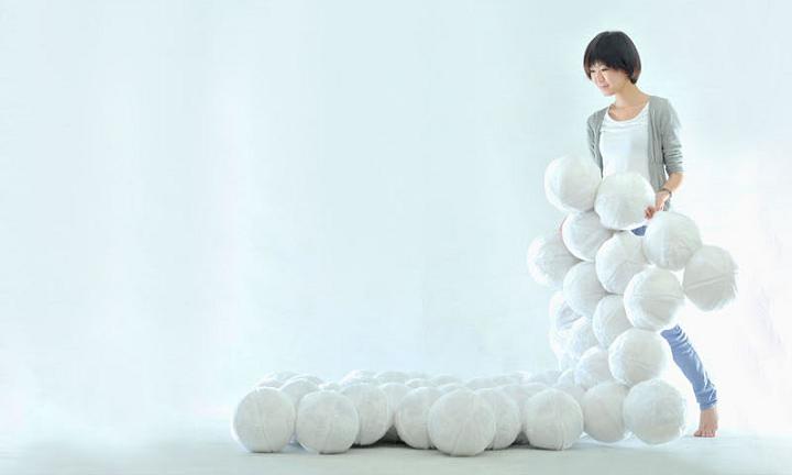sofas comodos bolas suaves.png
