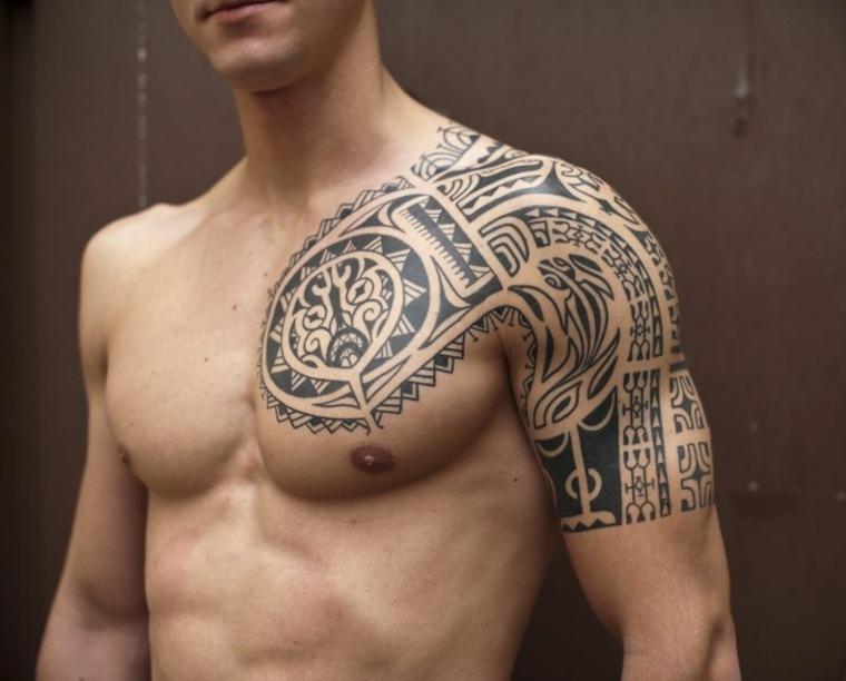 tatuaje maorí hombro-otro