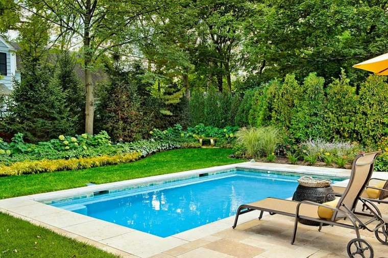 Dise o de jardines peque os con piscina peque a ideas y for Patios de casas con piscina