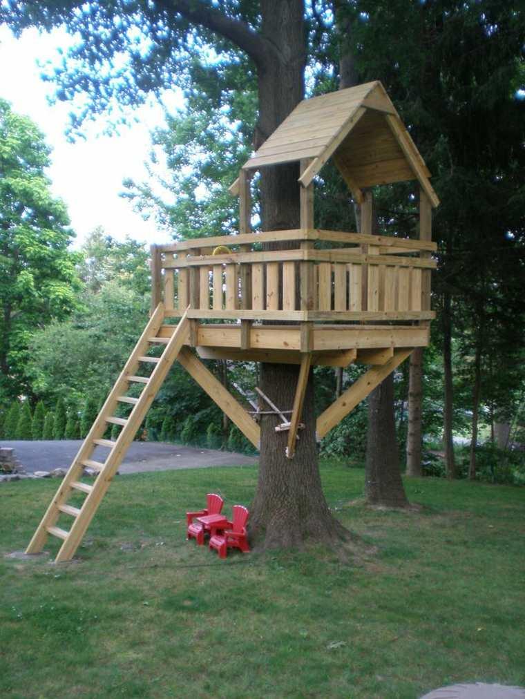 estupenda casa en el árbol