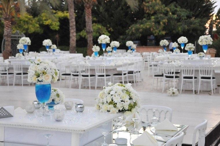 centros-de-mesa-para-boda-blanco-azul